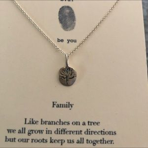 Jewelry - NIB Sterling Silver Family Necklace